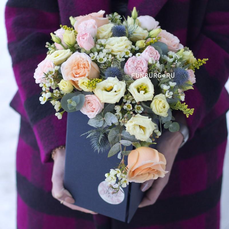 Купить Цветы в раздвижной коробке «Пастораль»