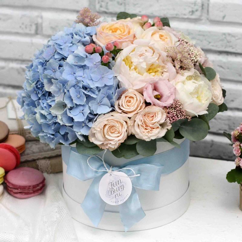 Цветы в шляпной коробке «Мечта»