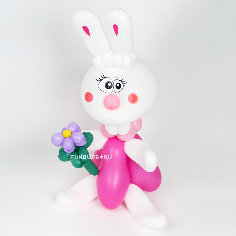 Фигура из шаров «Зайка» фото