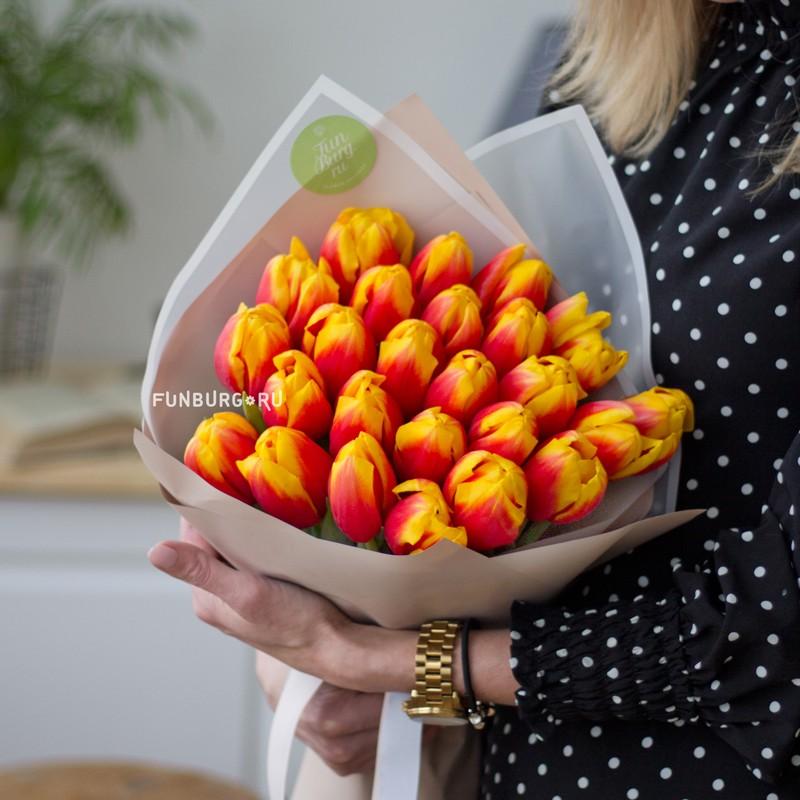 Букет тюльпанов «Огонь любви» фото