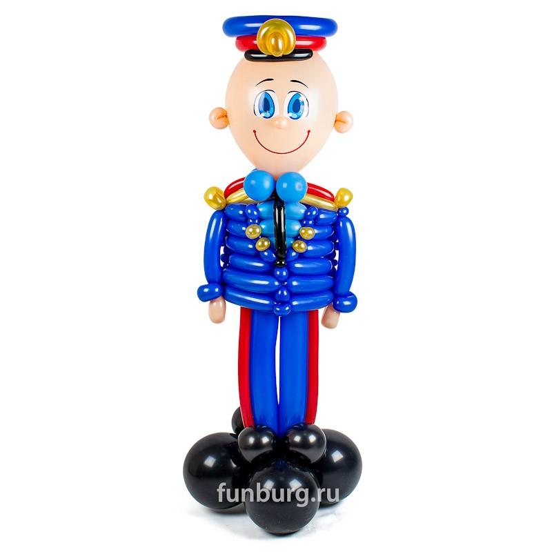 Фигура из шаров «Служитель закона» фото