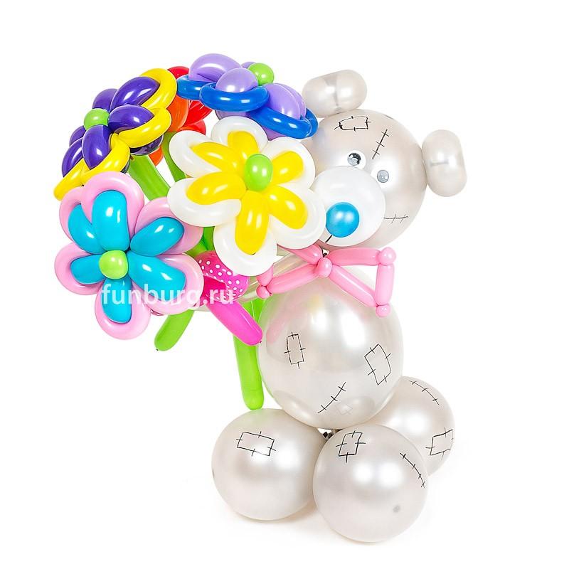 Фигура из шаров «Мишка Тедди с букетом» фото