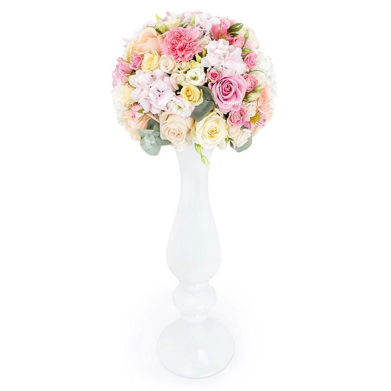 Настольная композиция в высокой вазе (вар. 4)
