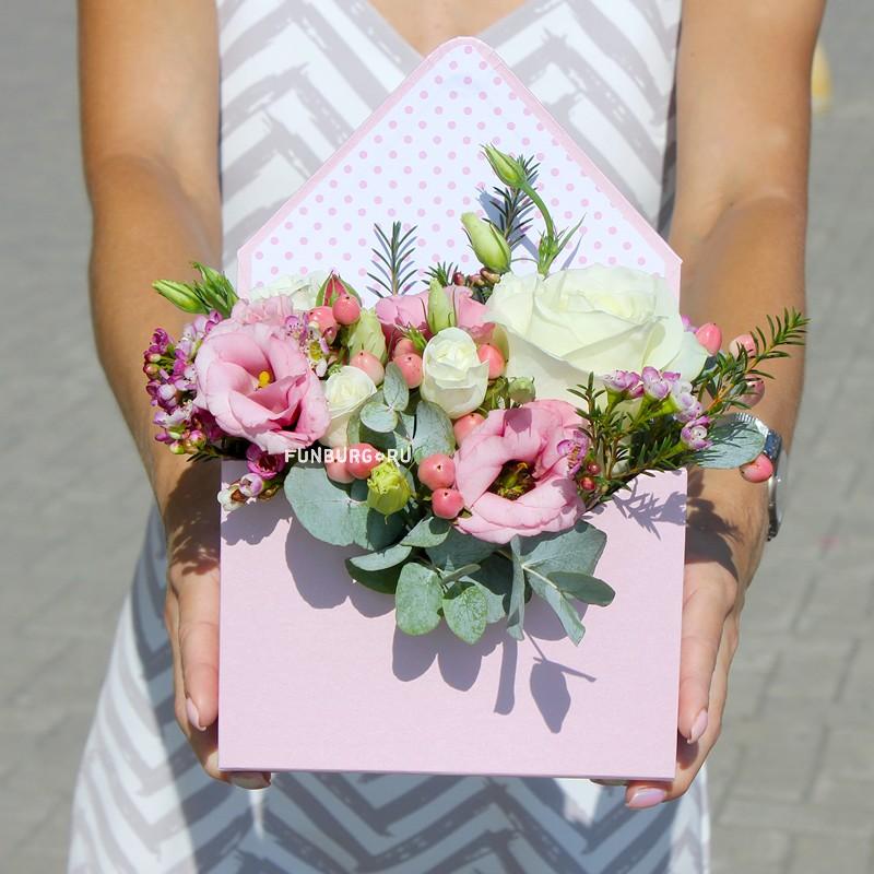 Цветы в конверте «Амелия» фото