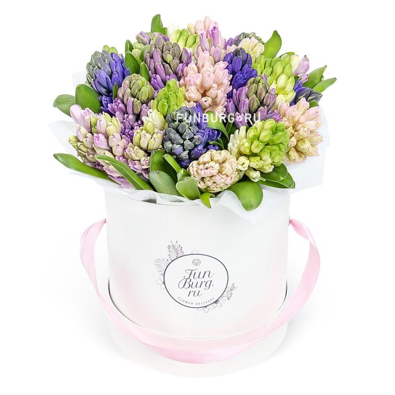 Цветы в шляпной коробке «Цветочная мозаика»