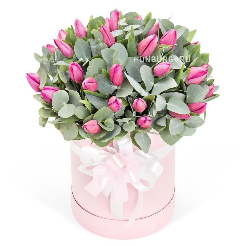 Цветы в шляпной коробке «Розовый жемчуг»