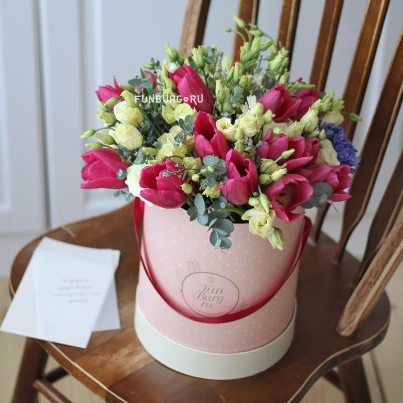 Цветы в шляпной коробке «Сицилия» фото