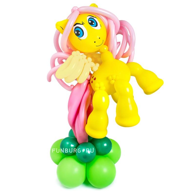 Фигура из шаров «Милая пони Флаттершай» фото