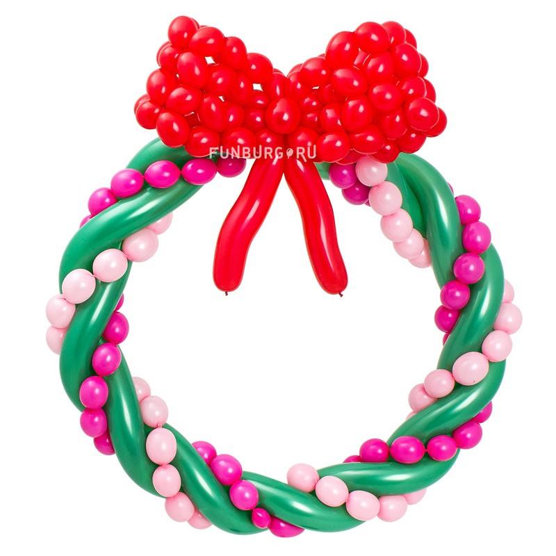 Фигура из шаров «Рождественский венок» фото