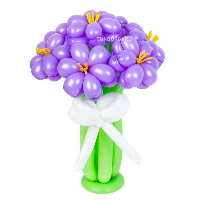 Фигура из шаров «Незабудки»Цветы из шаров<br>Состав: 7 цветков, белый бантик и подставкаВысота: 40-45 смПроизводство: Funburg.ru<br>