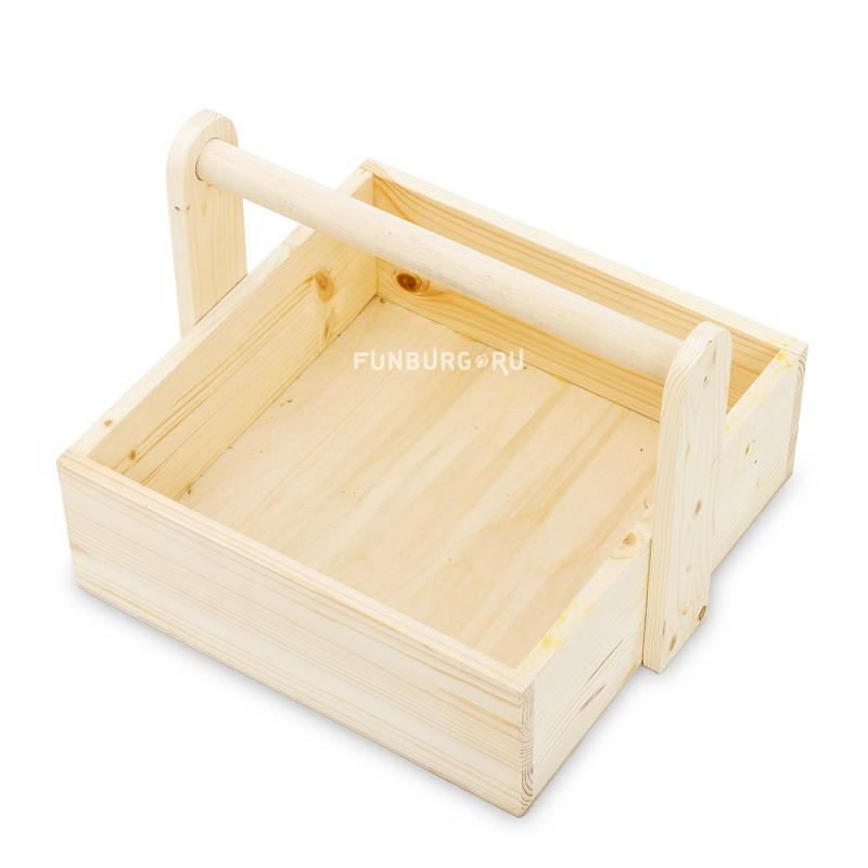 Деревянный ящик №8 с ручкойУпаковка подарков<br> <br>Размер:<br><br><br>22?30?30 см<br><br><br> <br>Материал:<br><br><br>дерево<br><br>