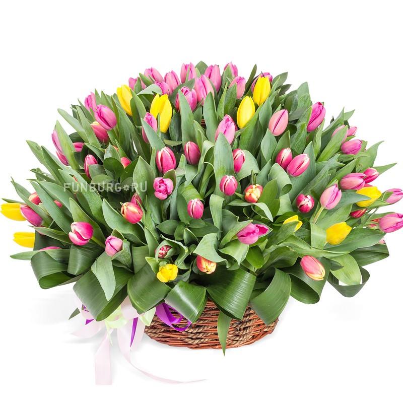 Корзина цветов «Тюльпаномания»Корзины цветов<br> <br>Размер:<br><br><br>высота 45-55 см, диаметр 65 см<br><br>