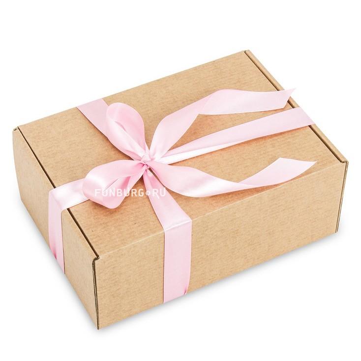 Подарочная коробка «Крафт большая»Упаковка подарков<br> <br>Размер:<br><br><br>36?28?12 см<br><br><br> <br>Материал:<br><br><br>картон<br><br>