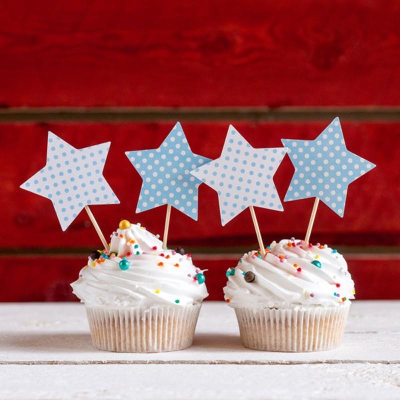 Топперы-звездочки «Голубой горошек»Топперы на торт<br> <br>Состав:<br><br><br>10 топперов на деревянной ножке<br><br> <br>Размеры:<br><br><br>диаметр звездочек – 5,5 см, размер упаковки – 10?15 см<br><br>