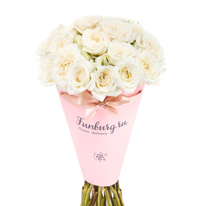Цветы в конверте «Кружева»с розами<br> <br>Размер:<br><br><br>диаметр 17 см, высота 25 см<br><br>