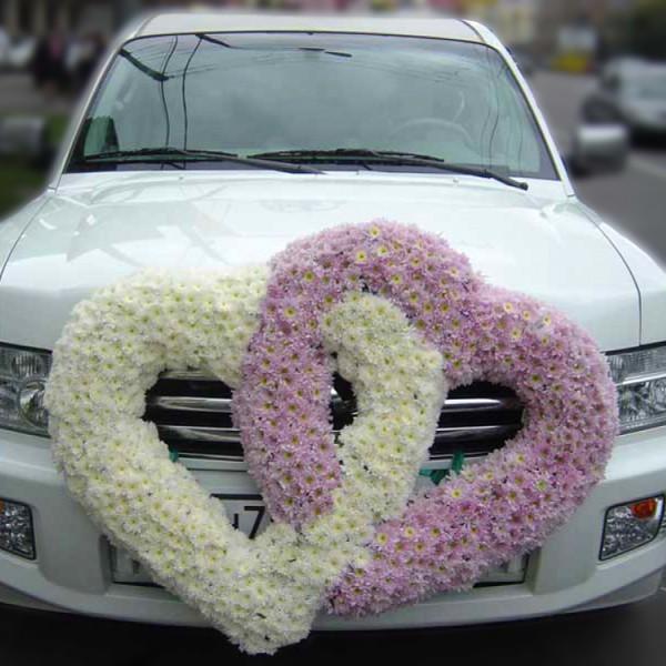 Оформление автомобиля №9Состав: хризантема, каркас<br>