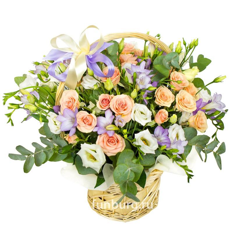 Корзина цветов «Прованс»Корзины цветов<br> <br>Размер:<br><br><br>высота 40-45 см, диаметр 40-45 см<br><br>