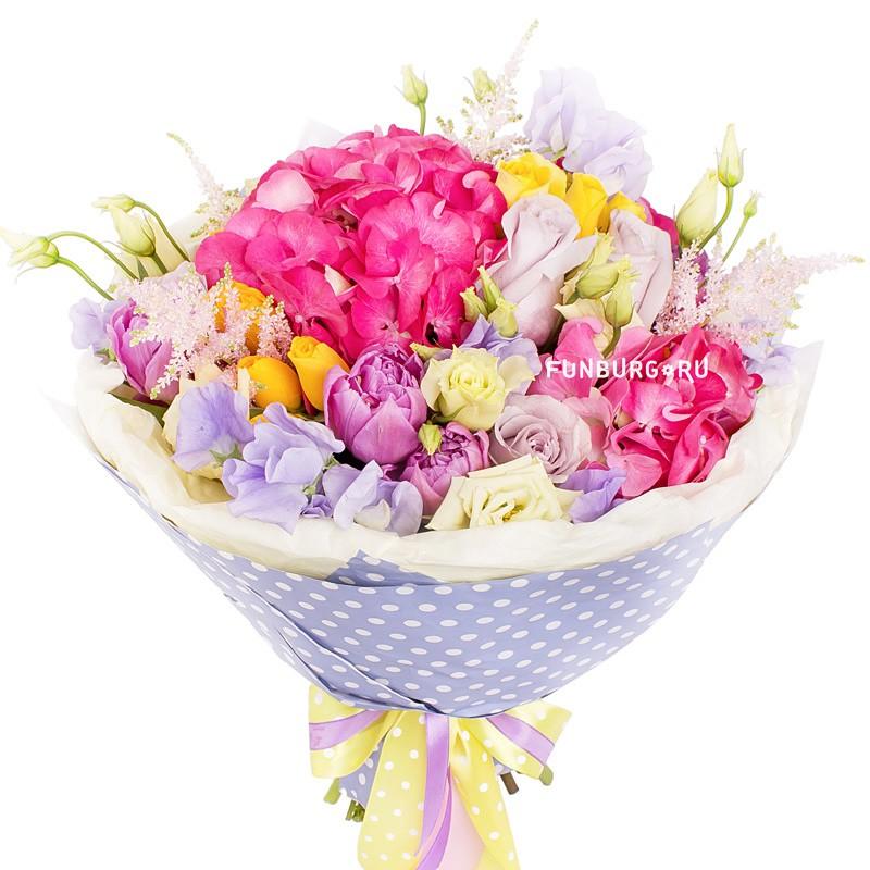 Букет «Сладкие грёзы»Европейская флористика<br> <br>Диаметр:<br><br><br>30 см<br><br>