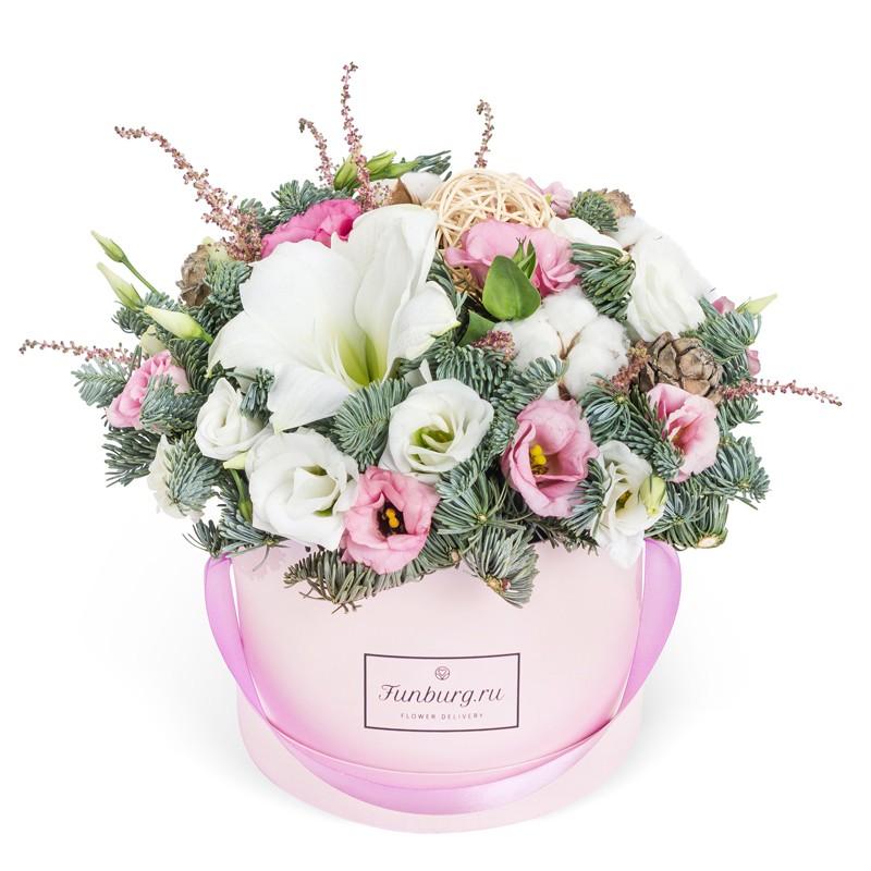 Цветы в шляпной коробке «Предвкушение чудес»Цветы в шляпных коробках<br><br> Размер:<br><br><br> высота 25 см, диаметр 27-30 см<br><br><br>