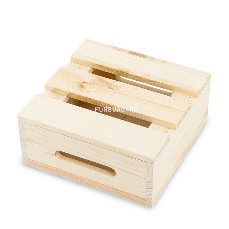 Деревянный ящик №5 с крышкойУпаковка подарков<br> <br>Размер:<br><br><br>23?23?10 см<br><br><br> <br>Материал:<br><br><br>дерево<br><br>