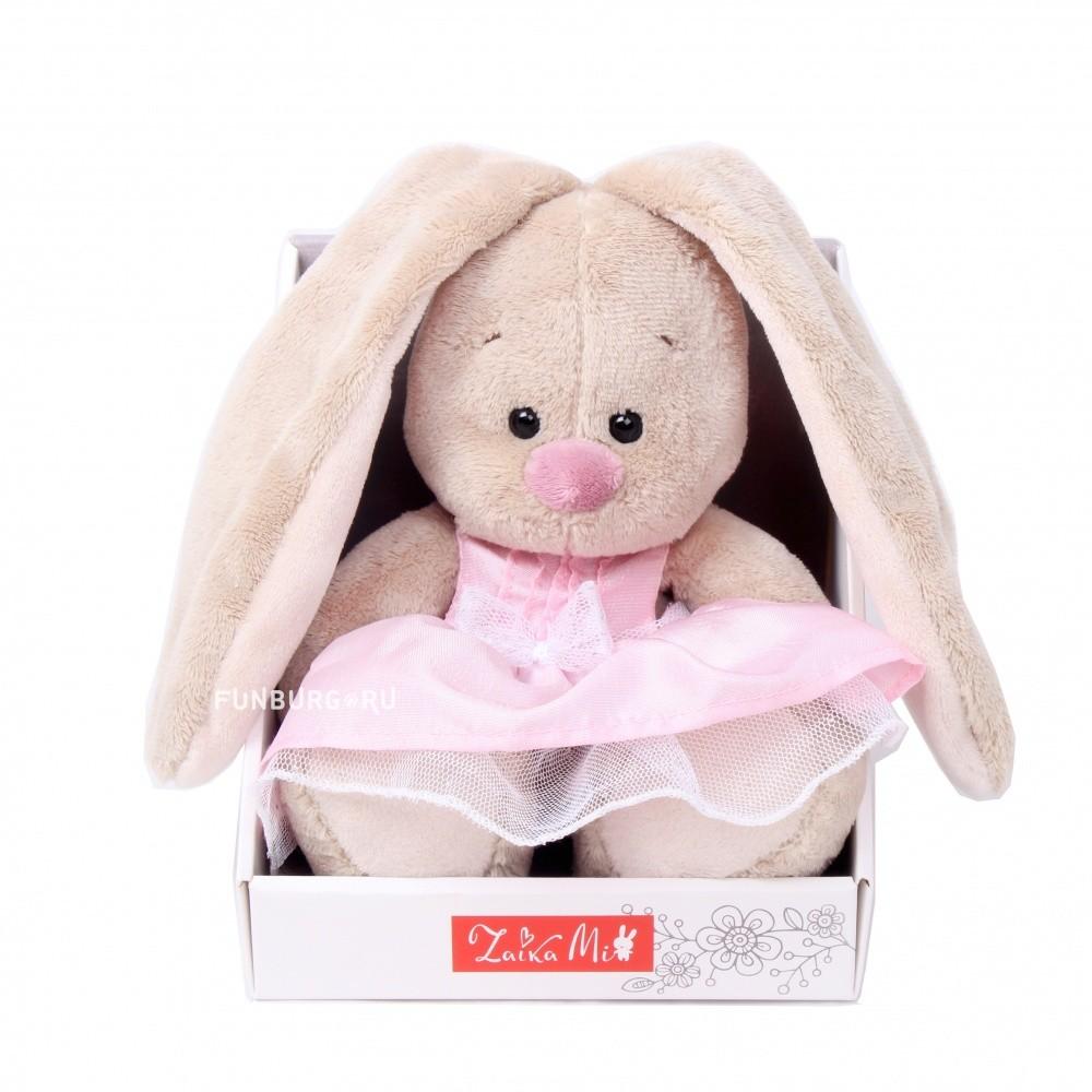 Мягкая игрушка «Зайка Ми в розовом платье»Зайка Ми<br> <br>Размер:<br><br><br>высота 15 см<br><br> <br>Бренд:<br><br><br>Зайка Ми<br><br>